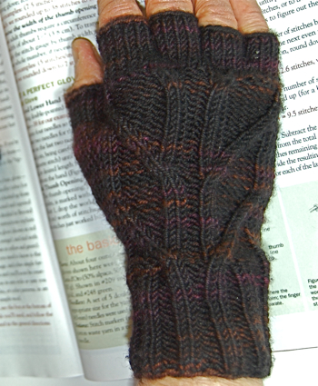 Cabletop gloves